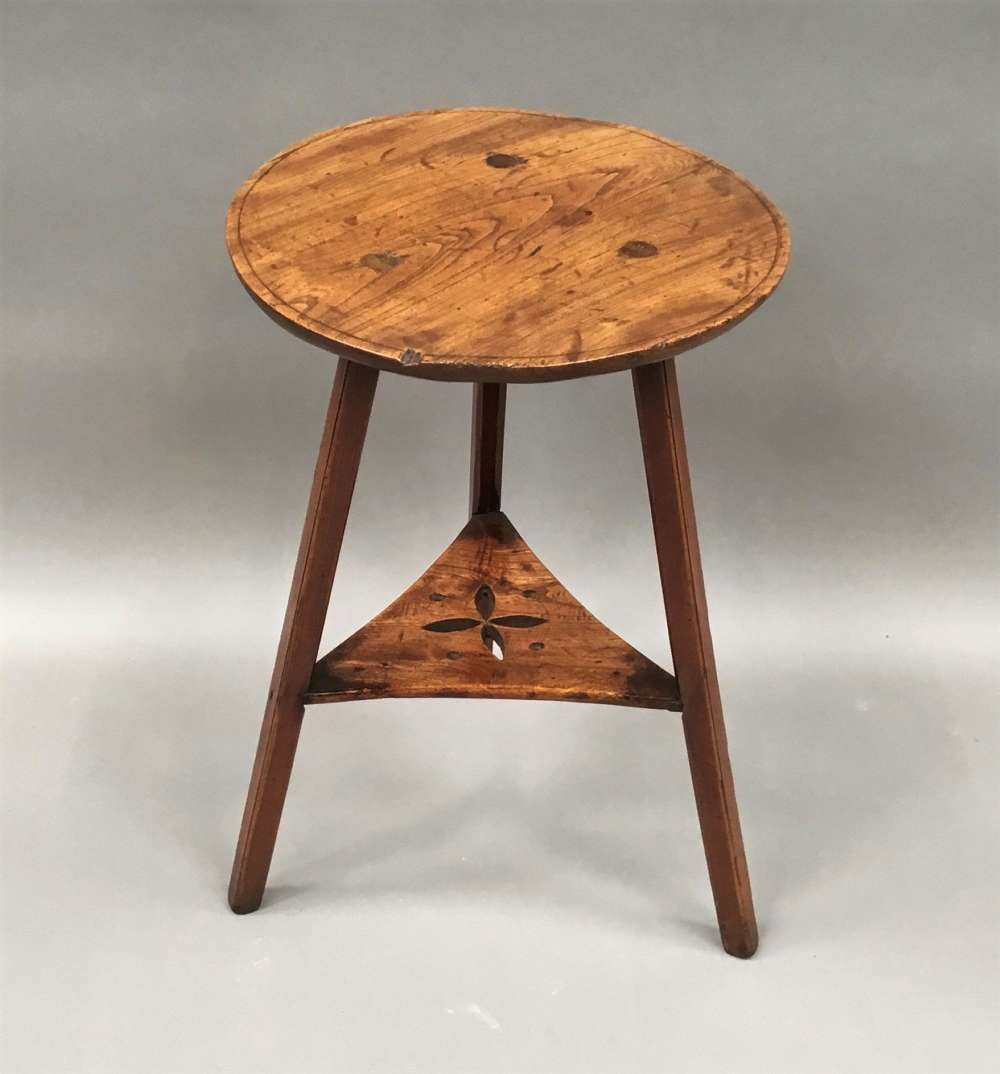 C18th elm cricket table of small proportions