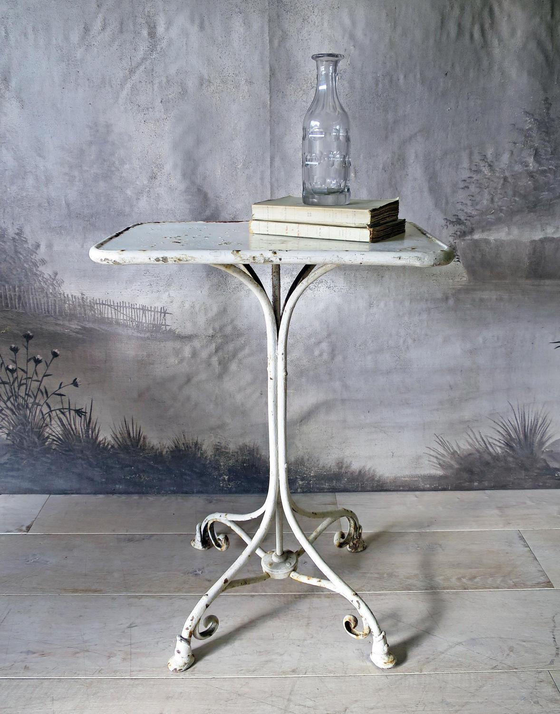 Arras garden furniture