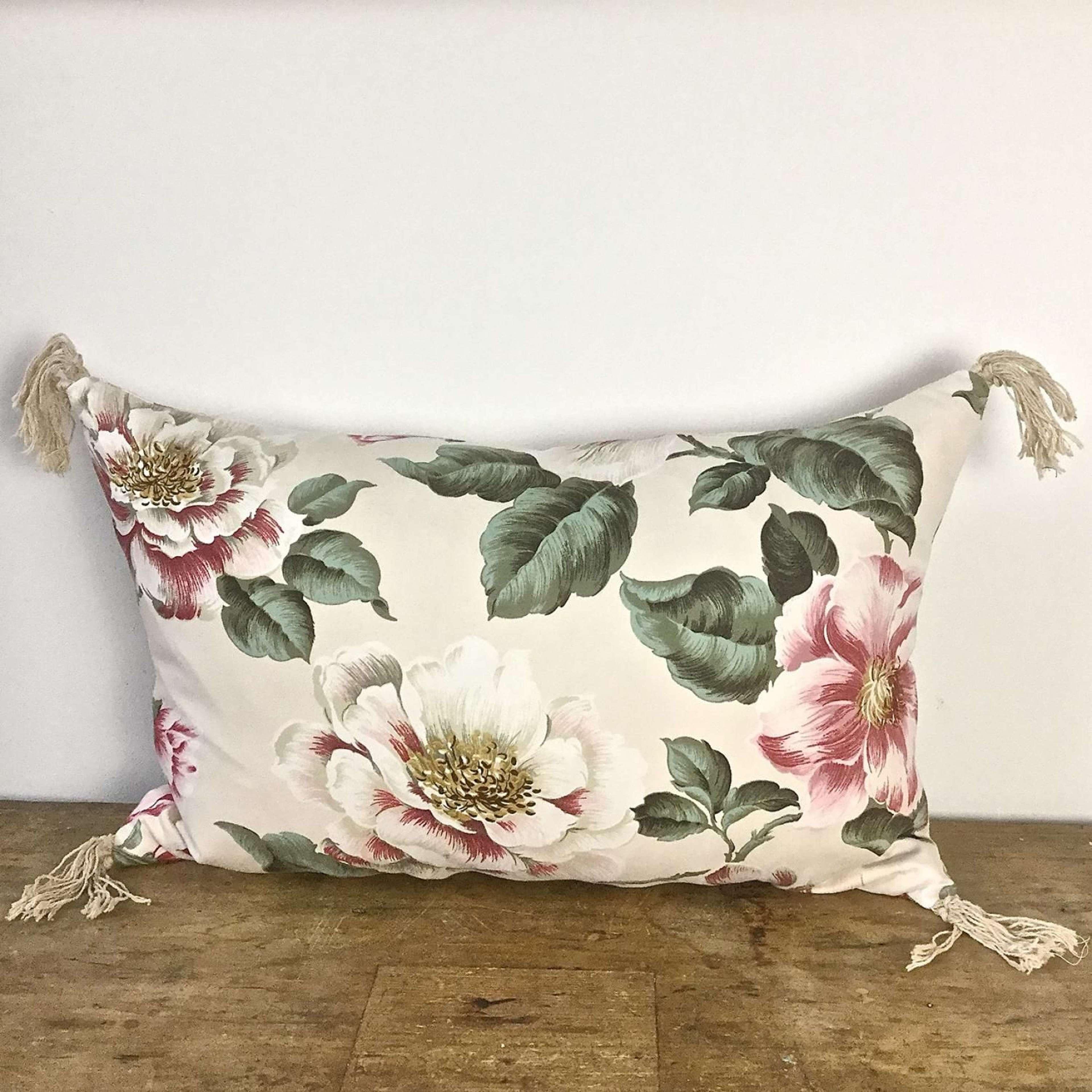 1950-60s English large scale magnolias tassel cushion