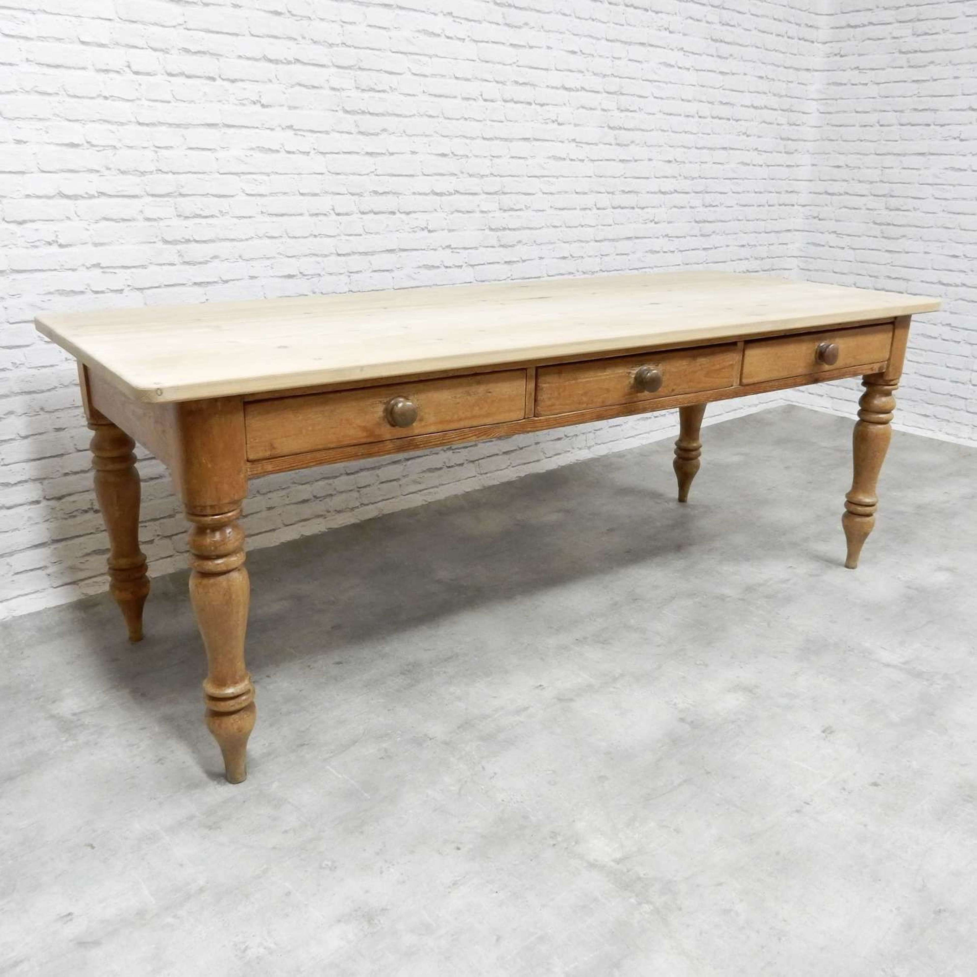 Pine Kitchen Table In Antique Tables