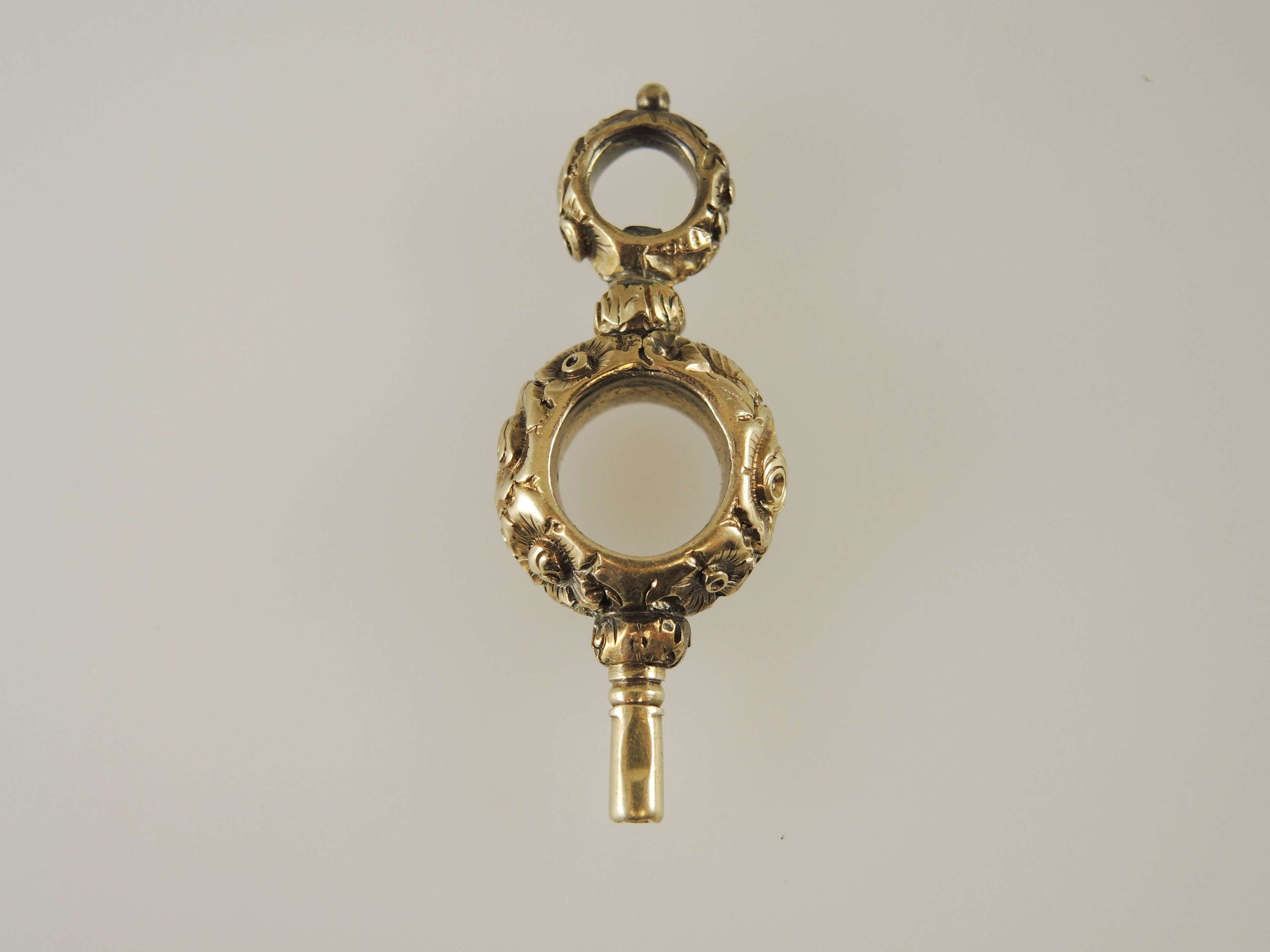 15K gold antique pocket watch key. C1850