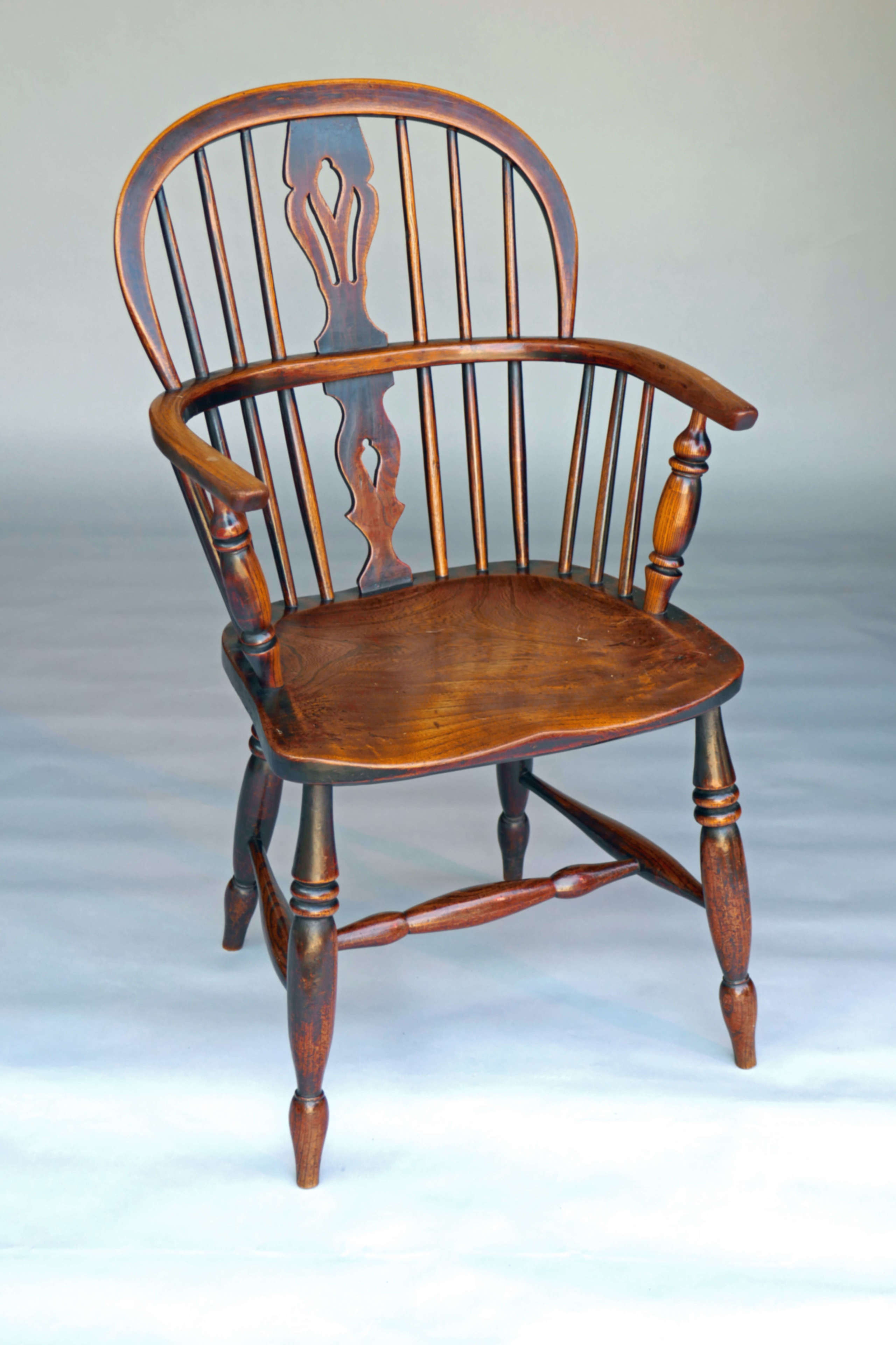 Antique 19thc Country Furniture Windsor Low Back Armchair In Elm & Ash