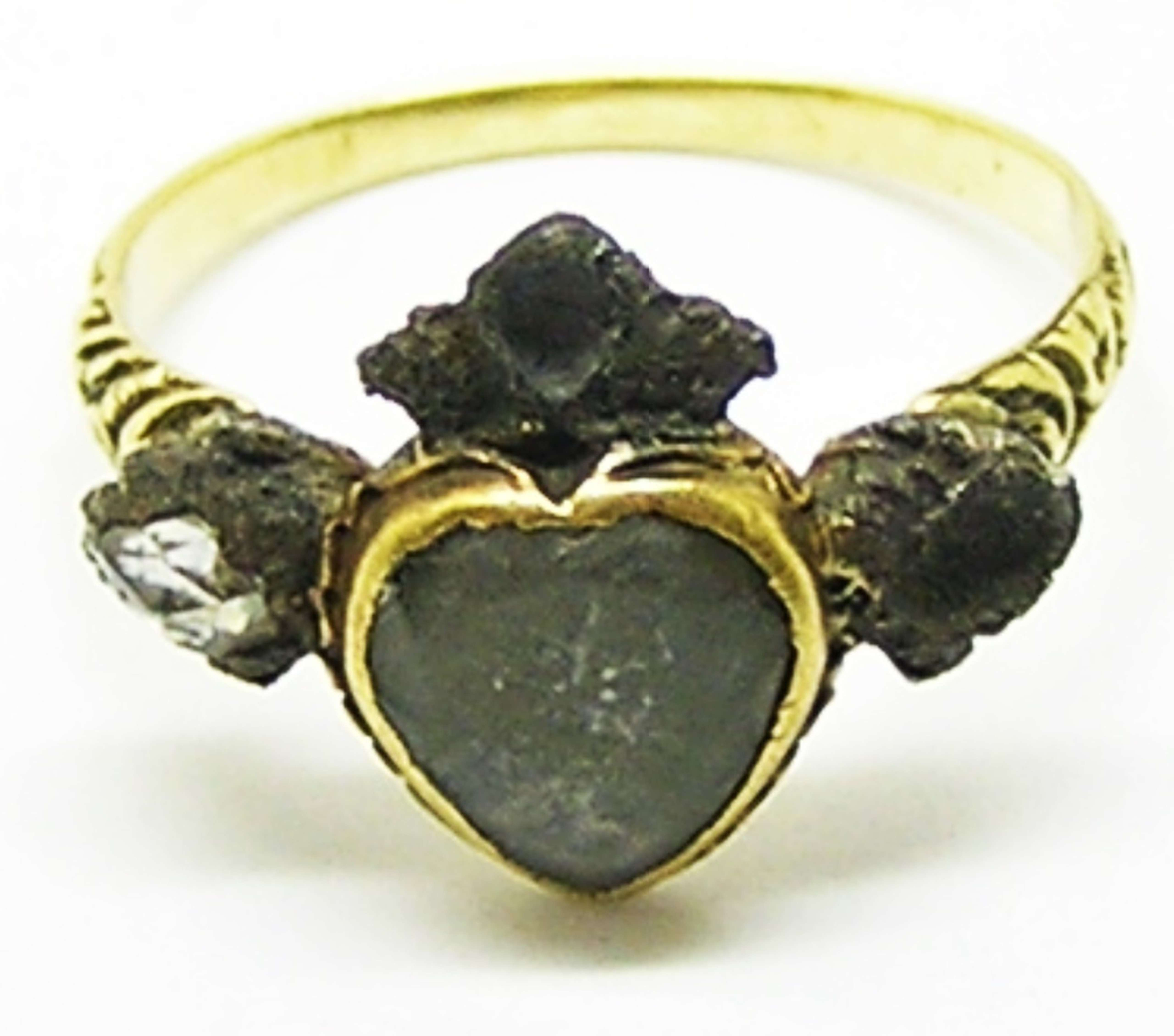 Stuart Crystal heart shaped gold and diamond ring