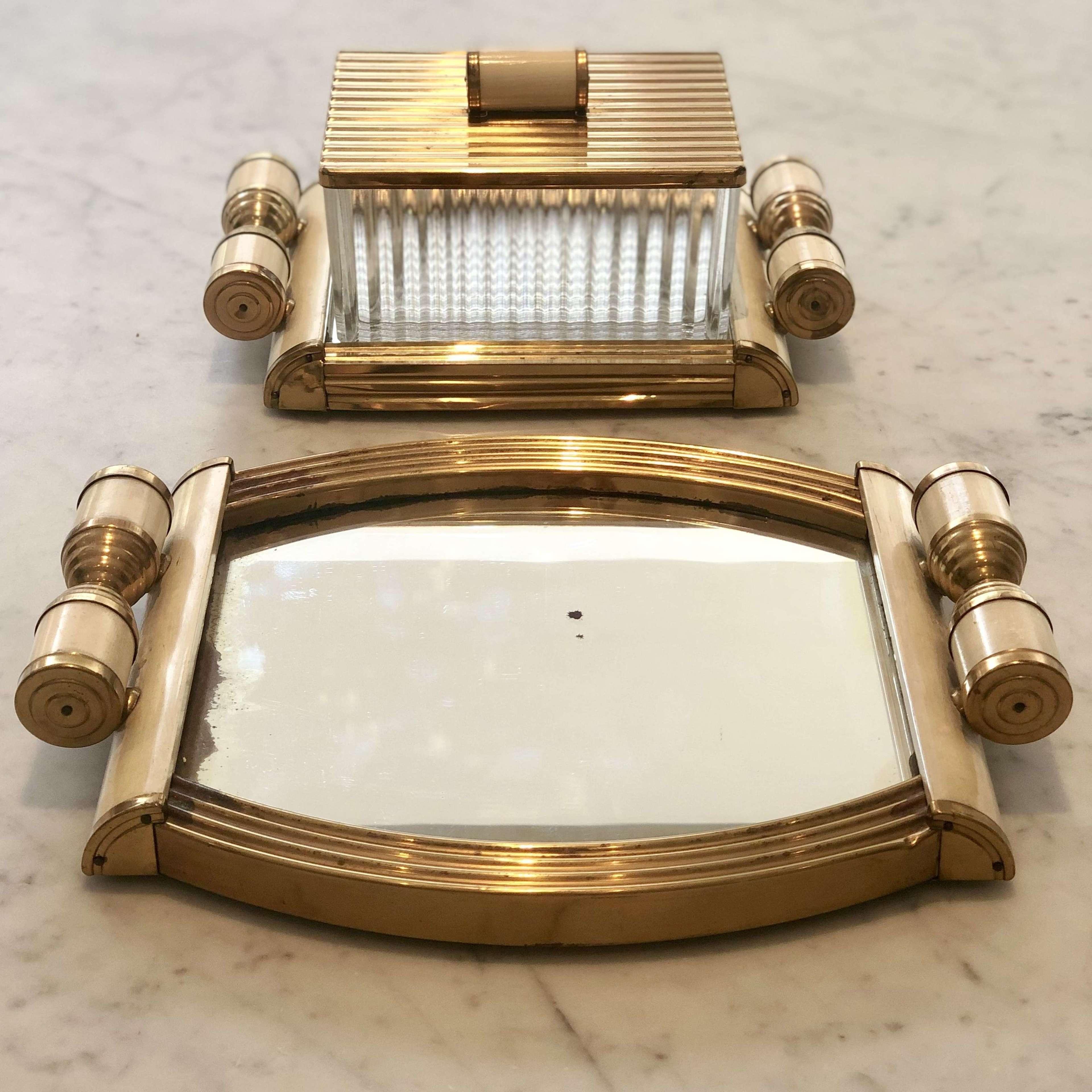 Mid 20th Century Italian Mirrored dressing table set
