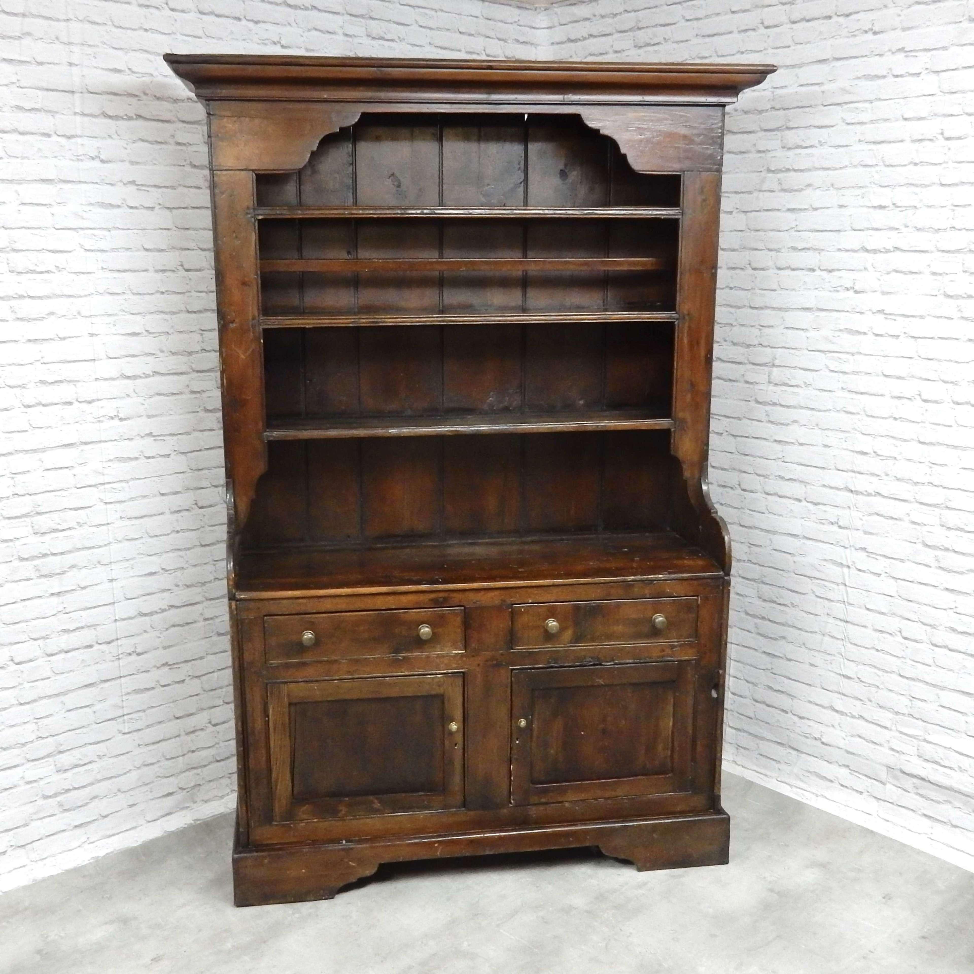 Picture of: Antique Pine Kitchen Dresser In Antique Dressers