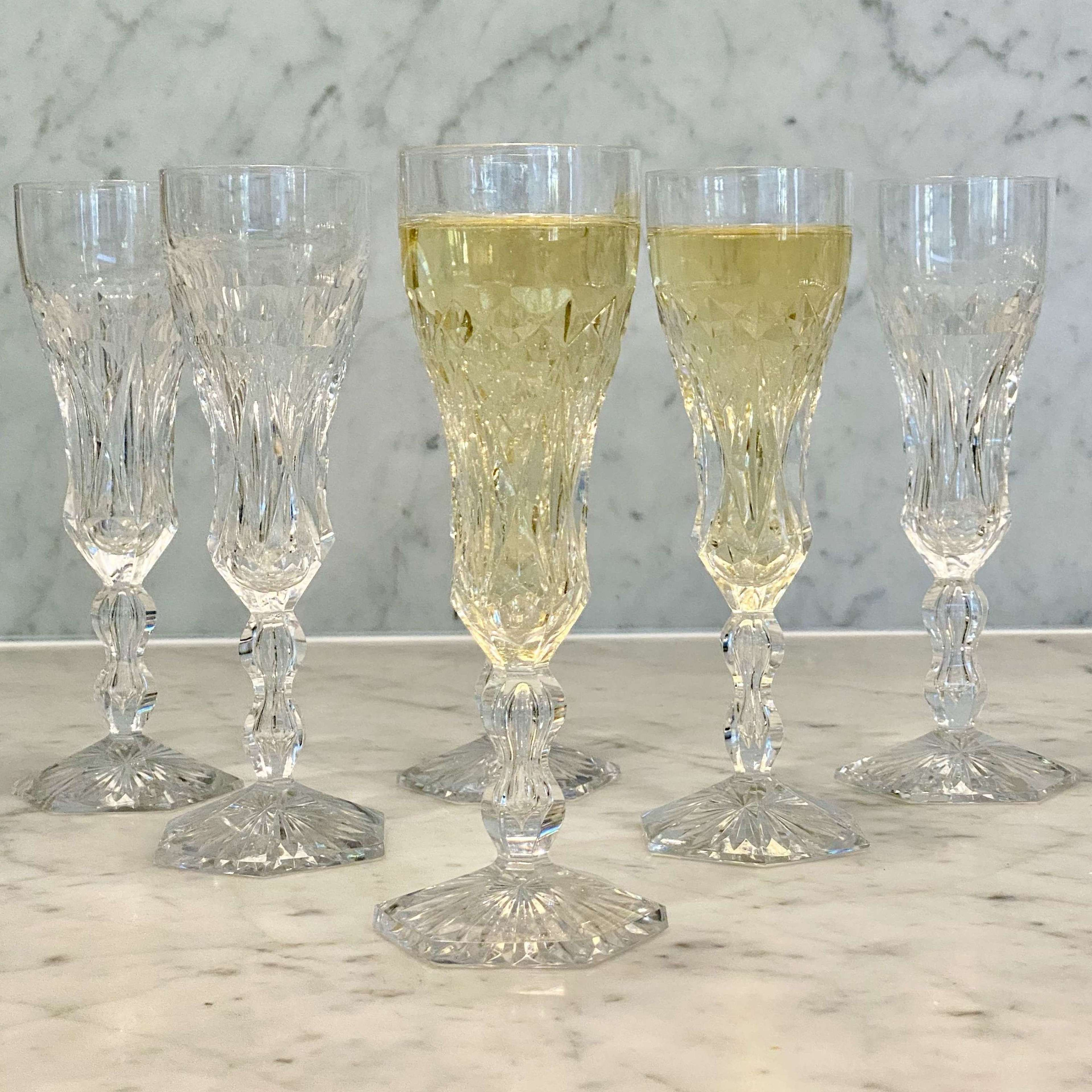 Val Saint Lambert finest crystal champagne flutes in Lalaing Fantaisie