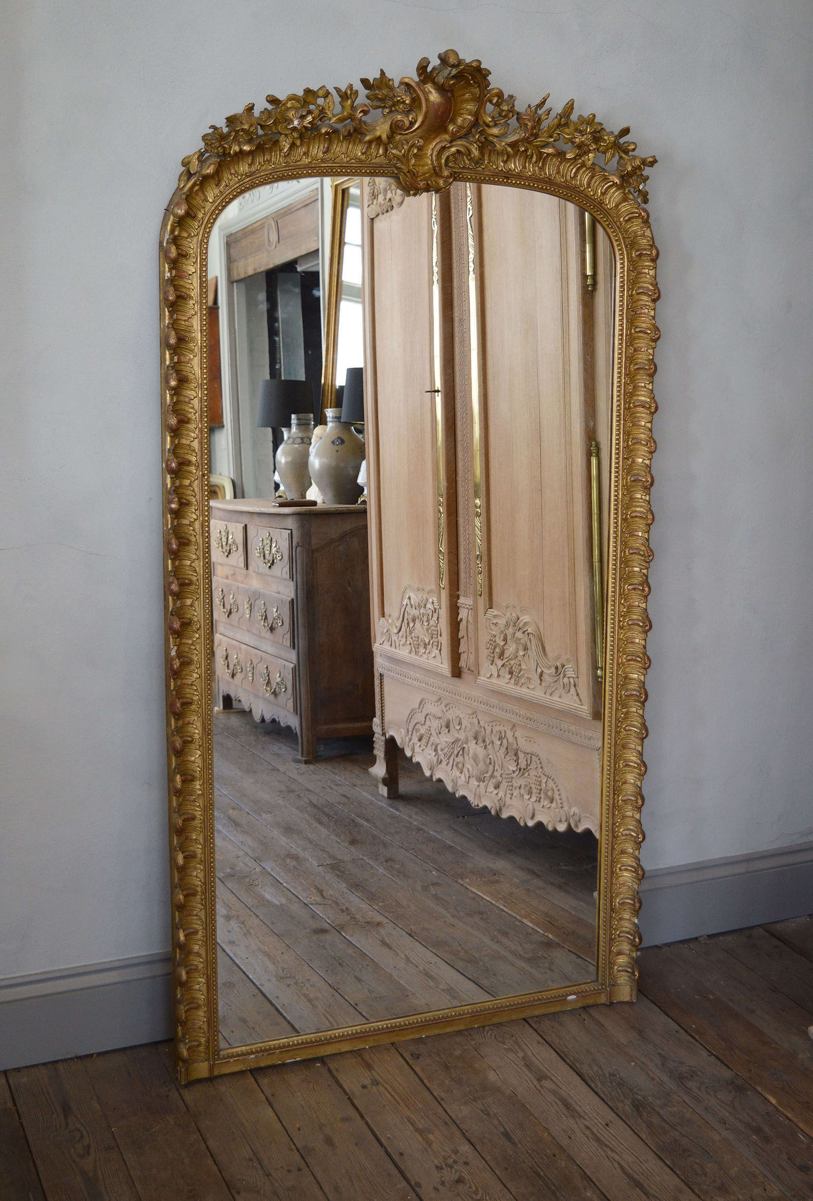 Large 19th Century Louis XV style gilt mirror