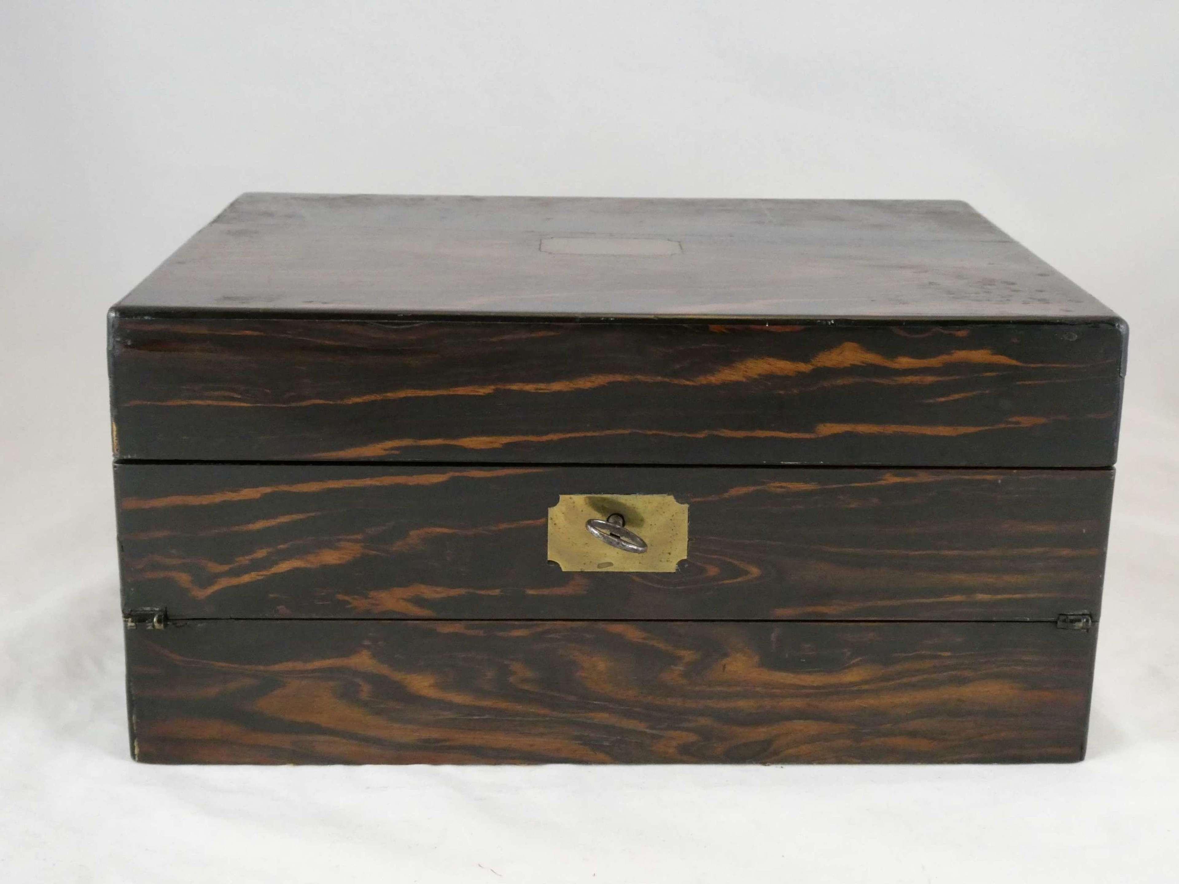 Coromandelwood Workbox and Writing Slope
