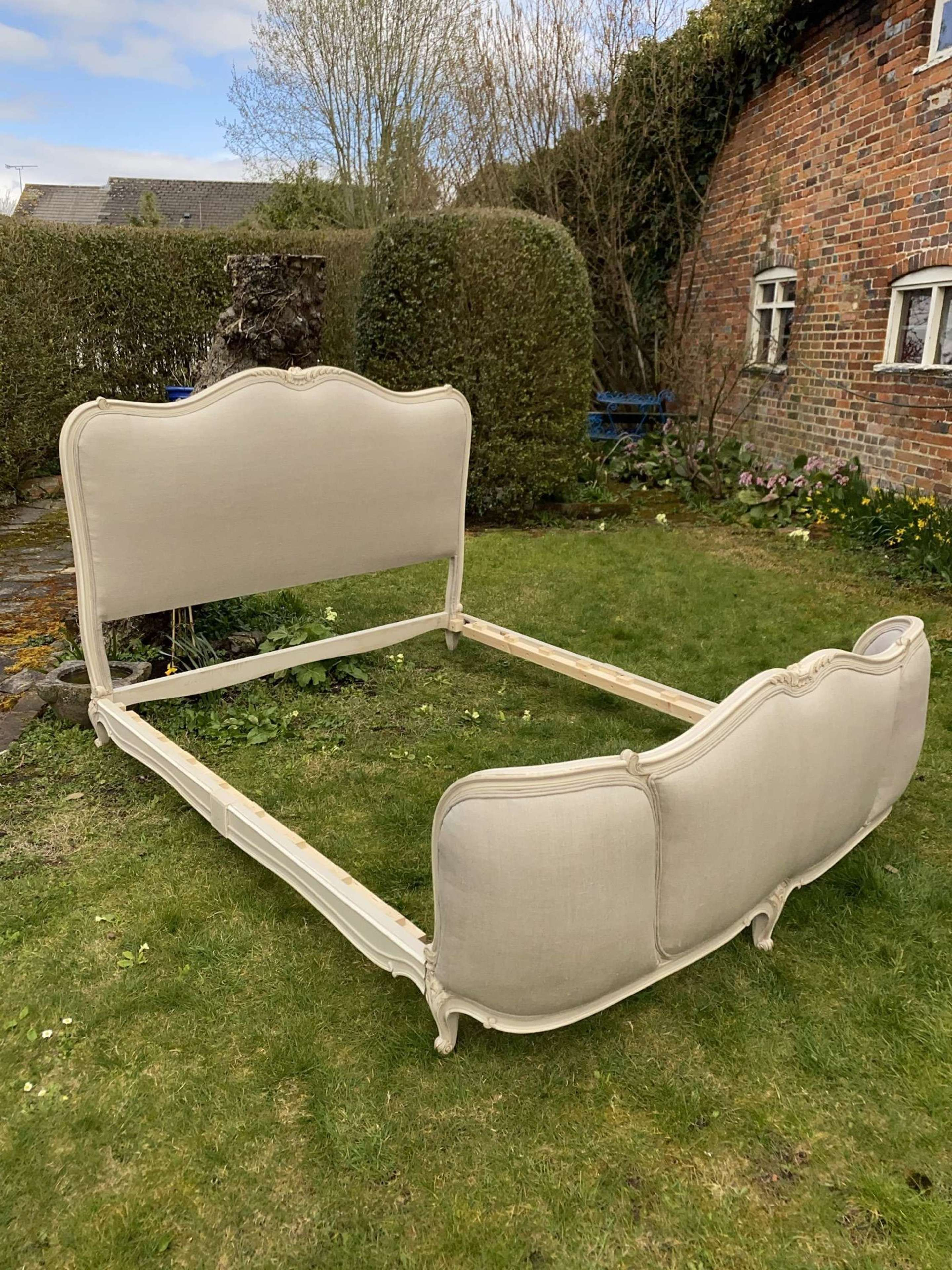 Kingsize French bed