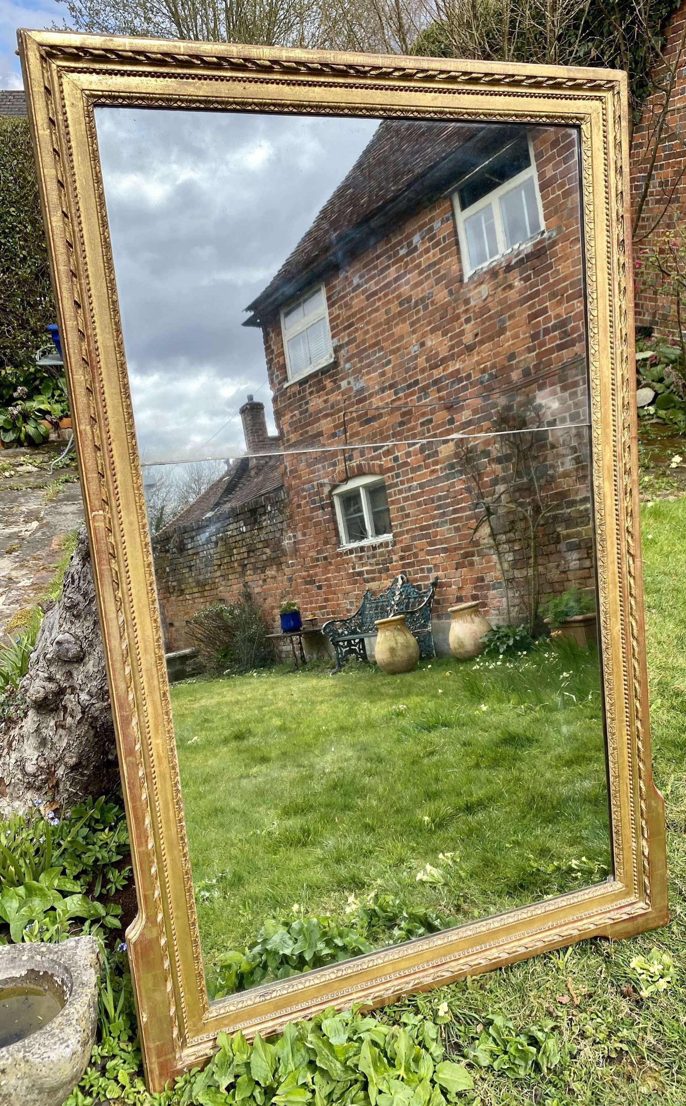 Early 19th Century gilt mirror
