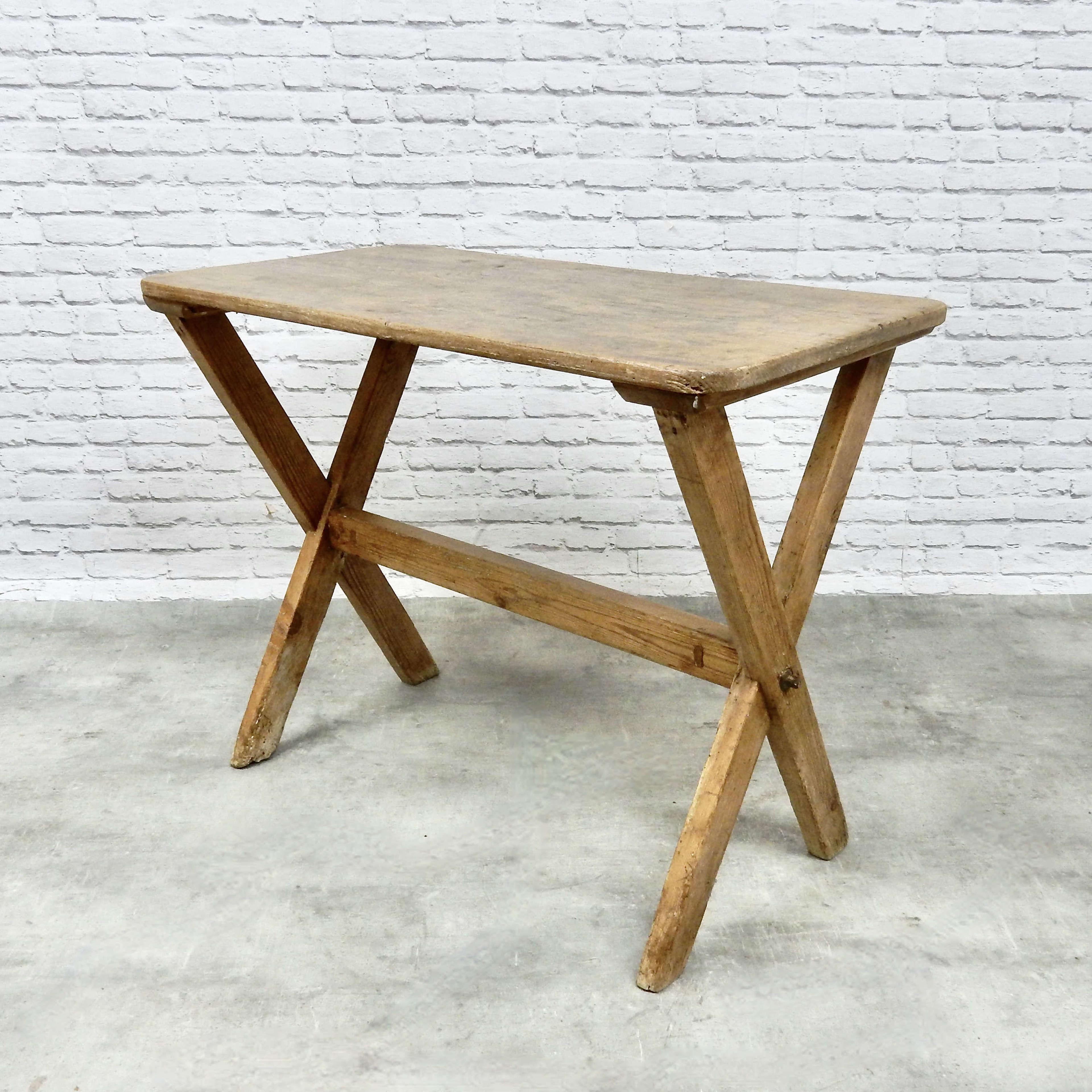 X-frame Tavern Table