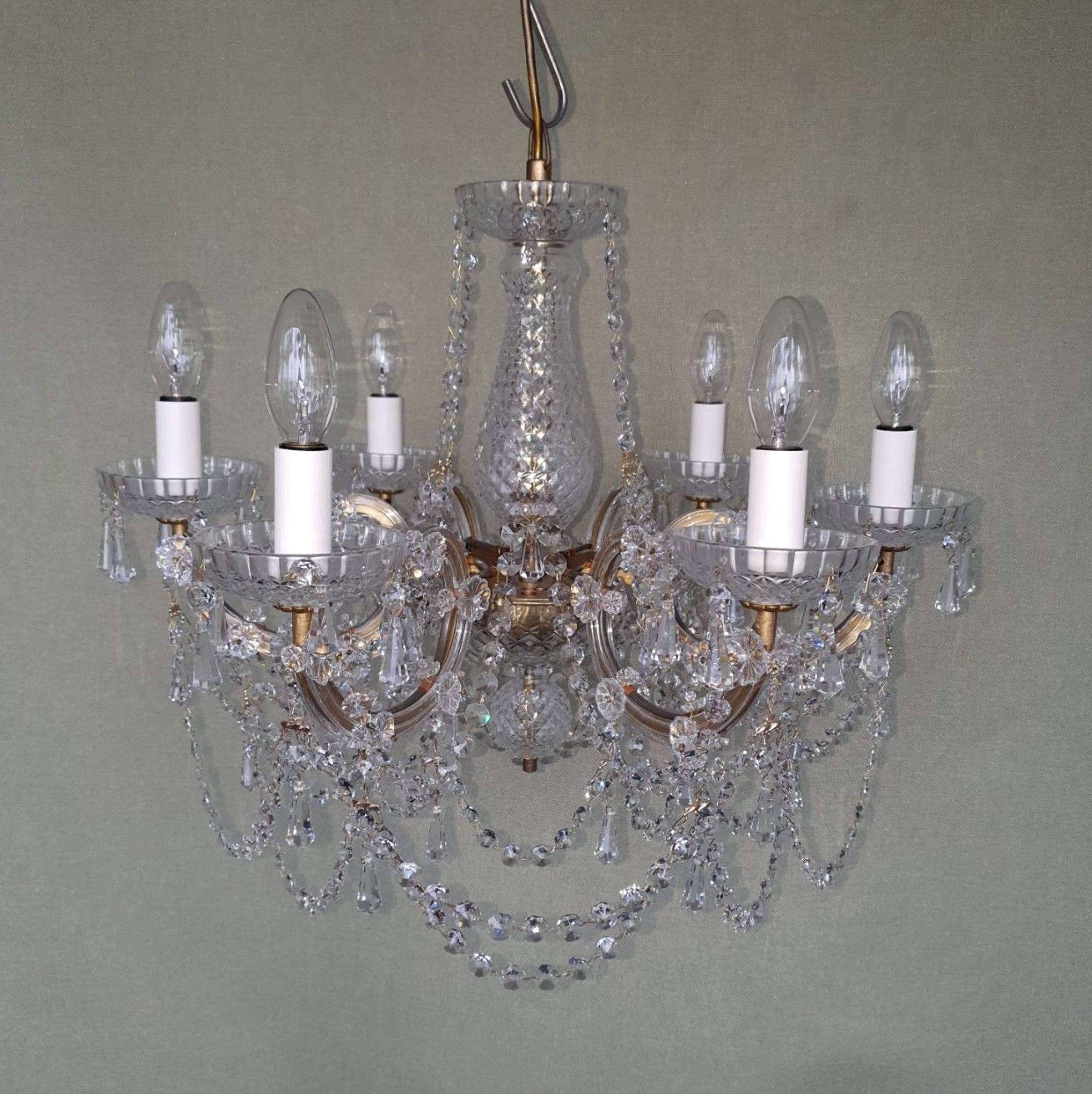 6 Light Maria Theresa Chandelier