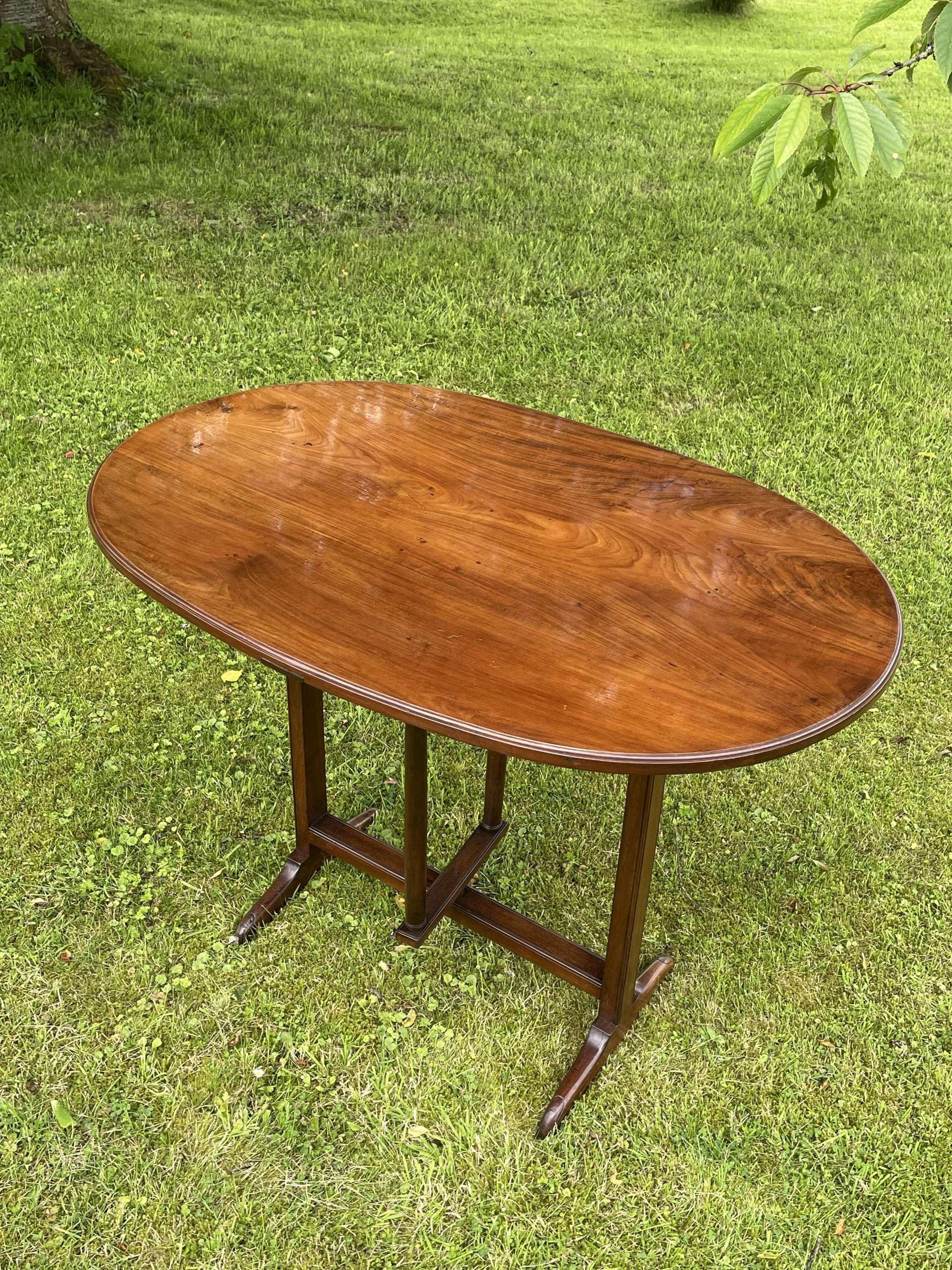 Cherry Wood Wine / Vendage Table