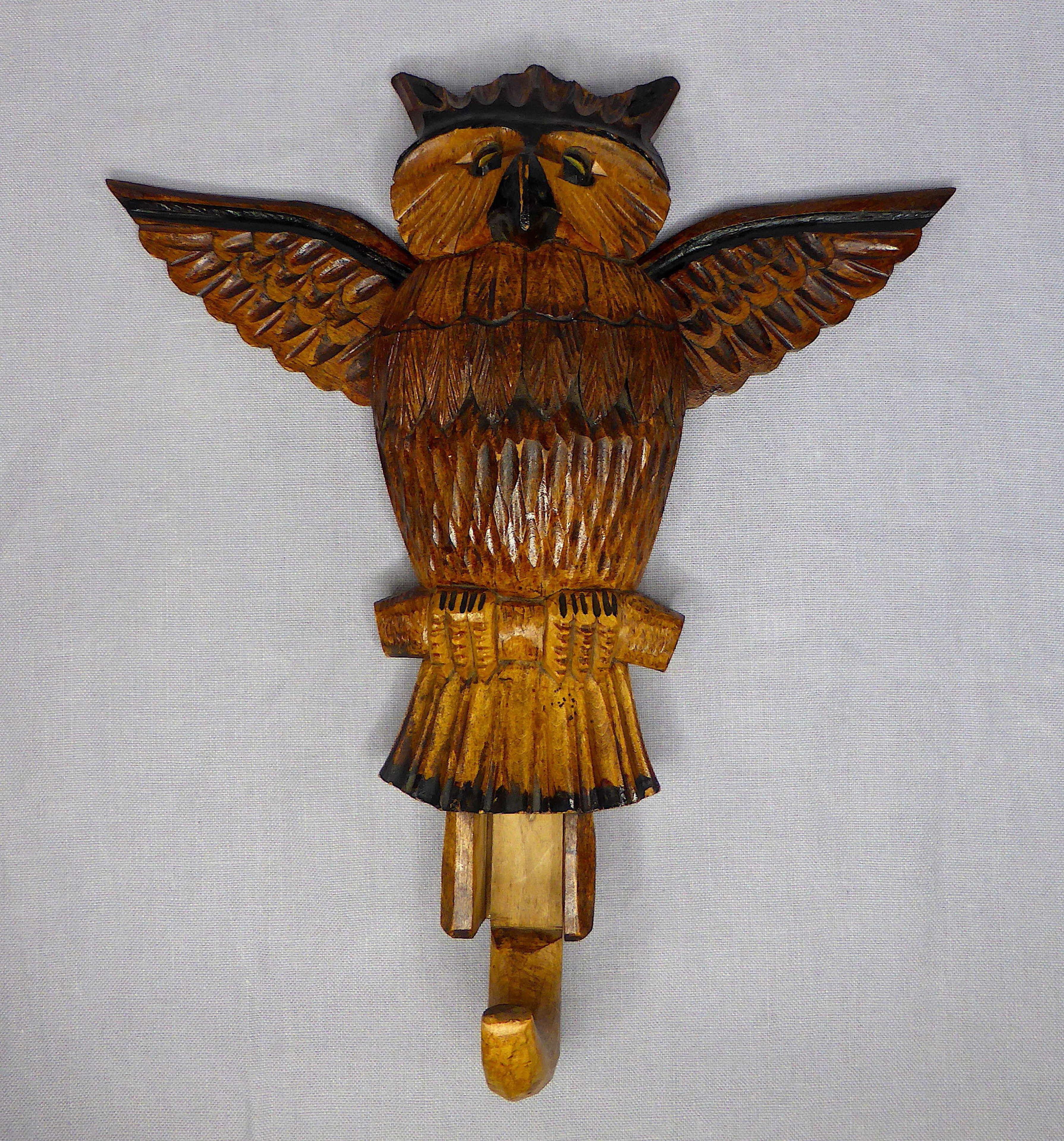 Articulated Owl Hook