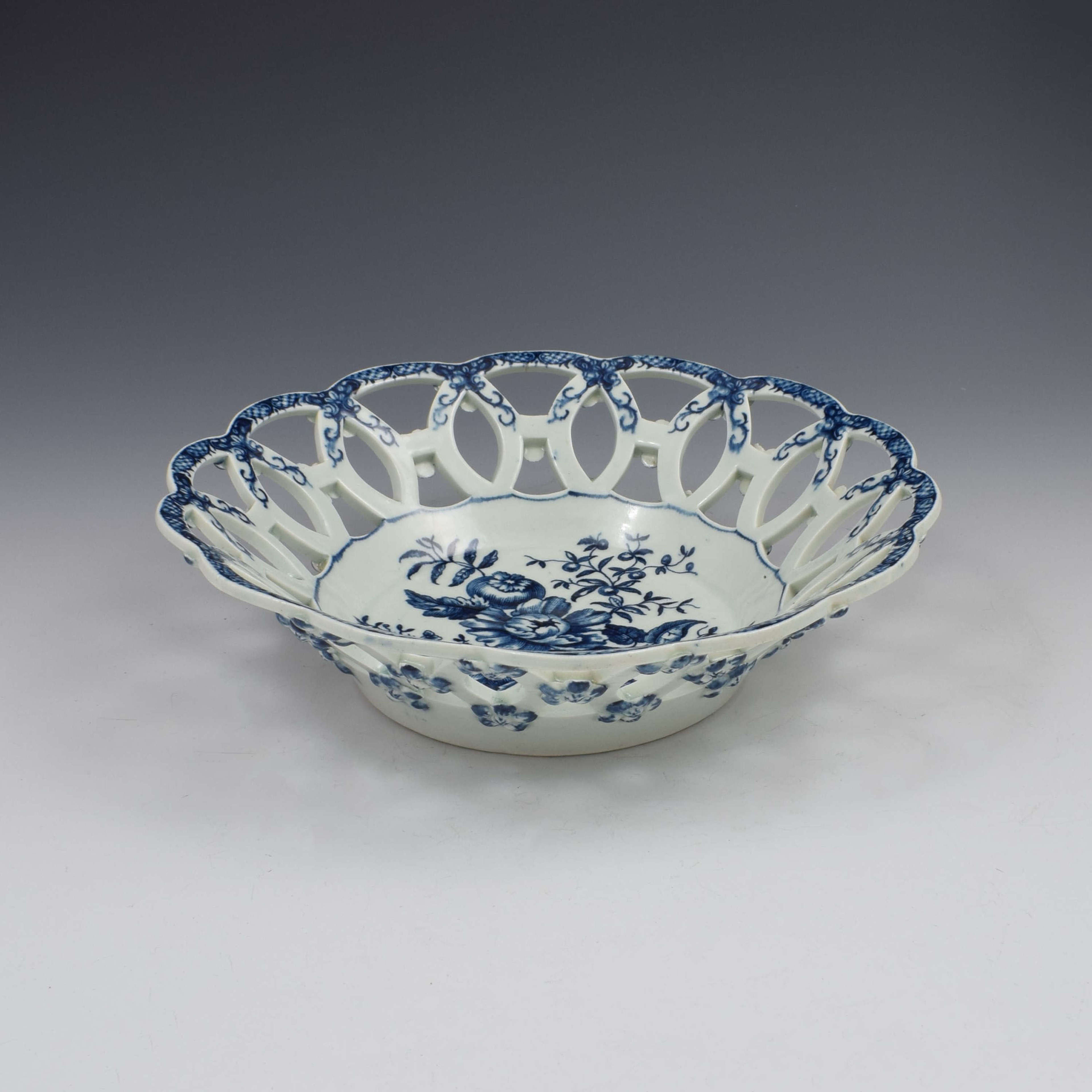 Large First Period Worcester Porcelain Pine Cone Pattern Basket c.1775