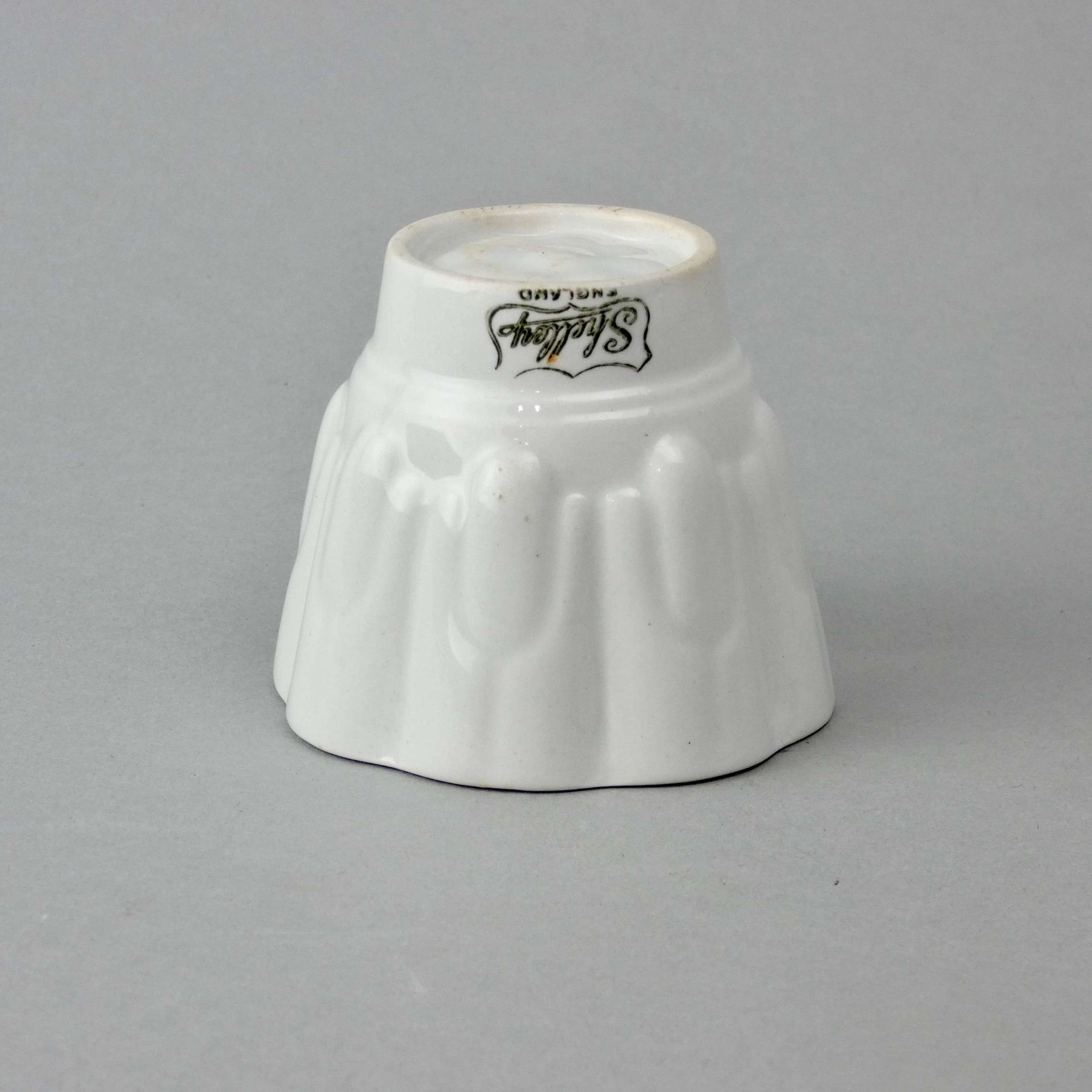 Miniature Shelley jelly mould