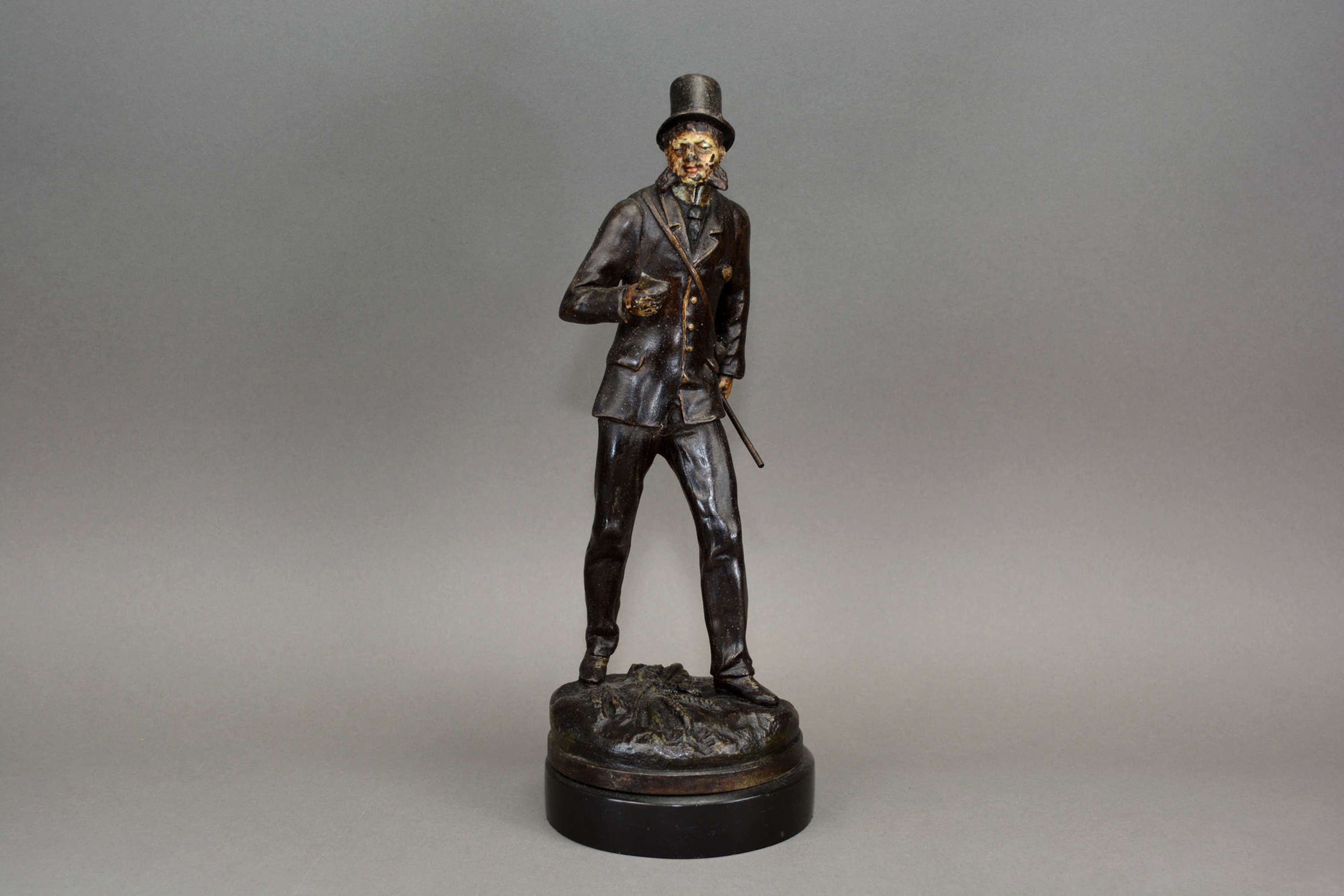 Cold painted spelter figure of a dapper gent