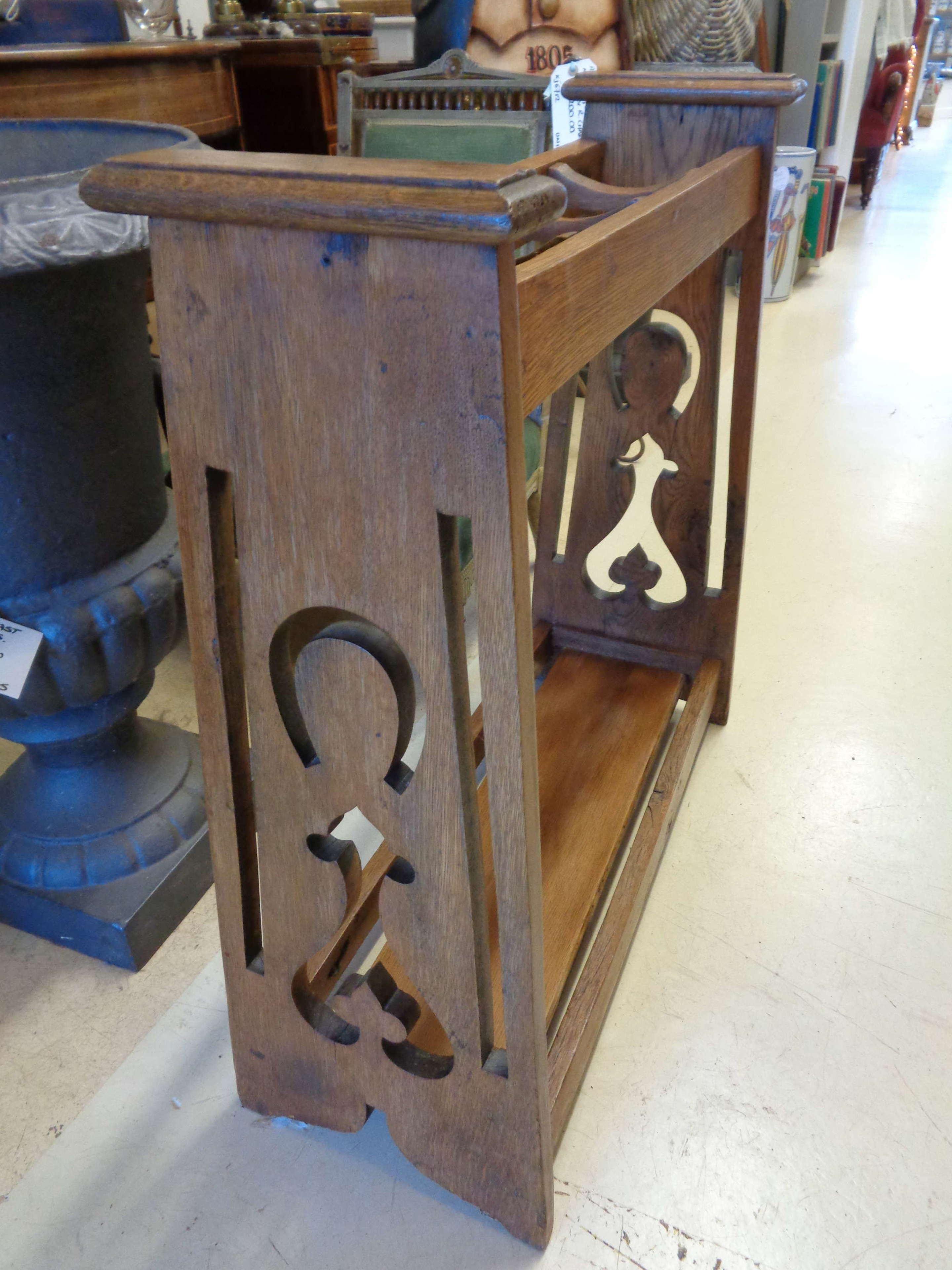 Arts & Crafts Stick Stand