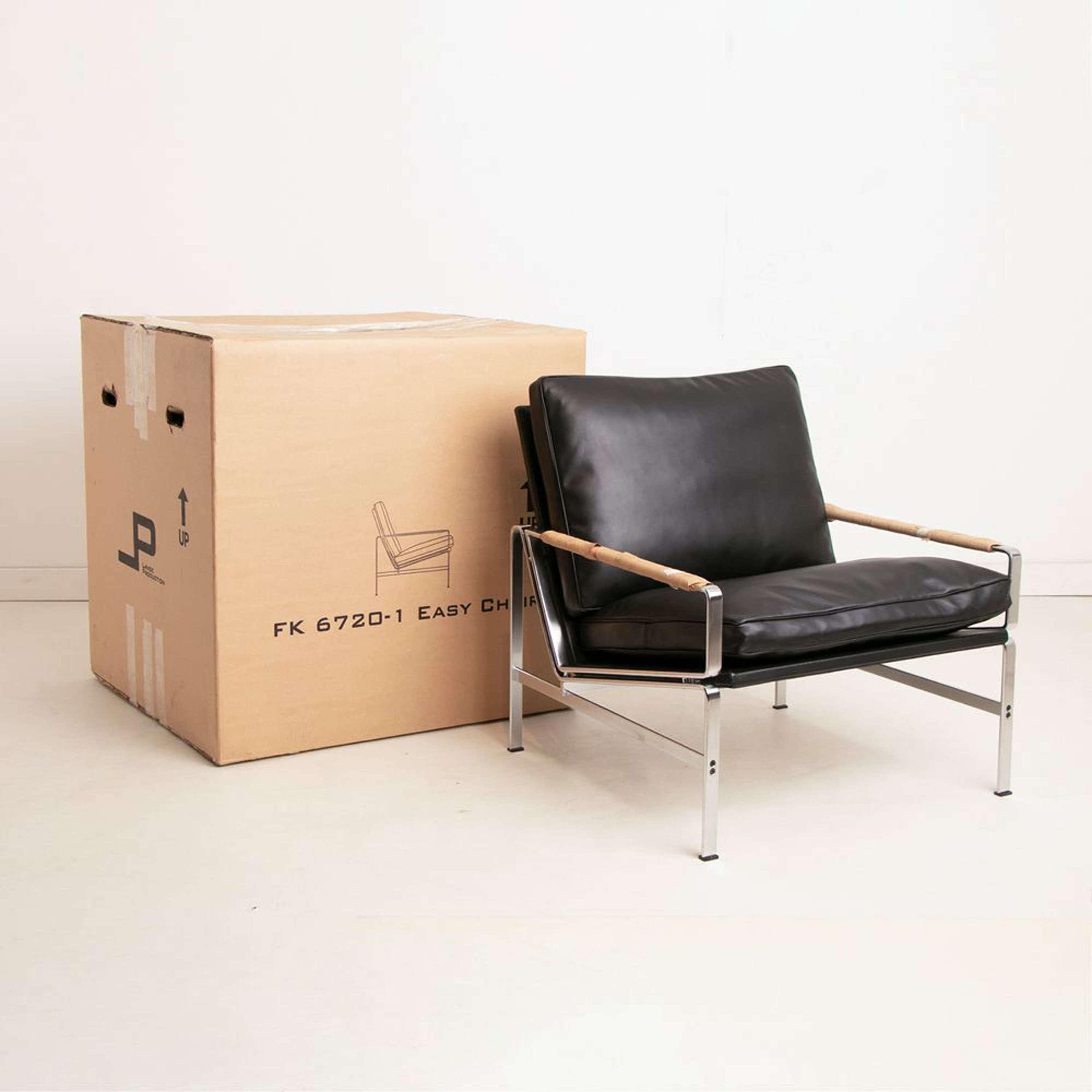 Preben Fabricius & Jorgen Kastholm FK 6720-1 Easy Chair