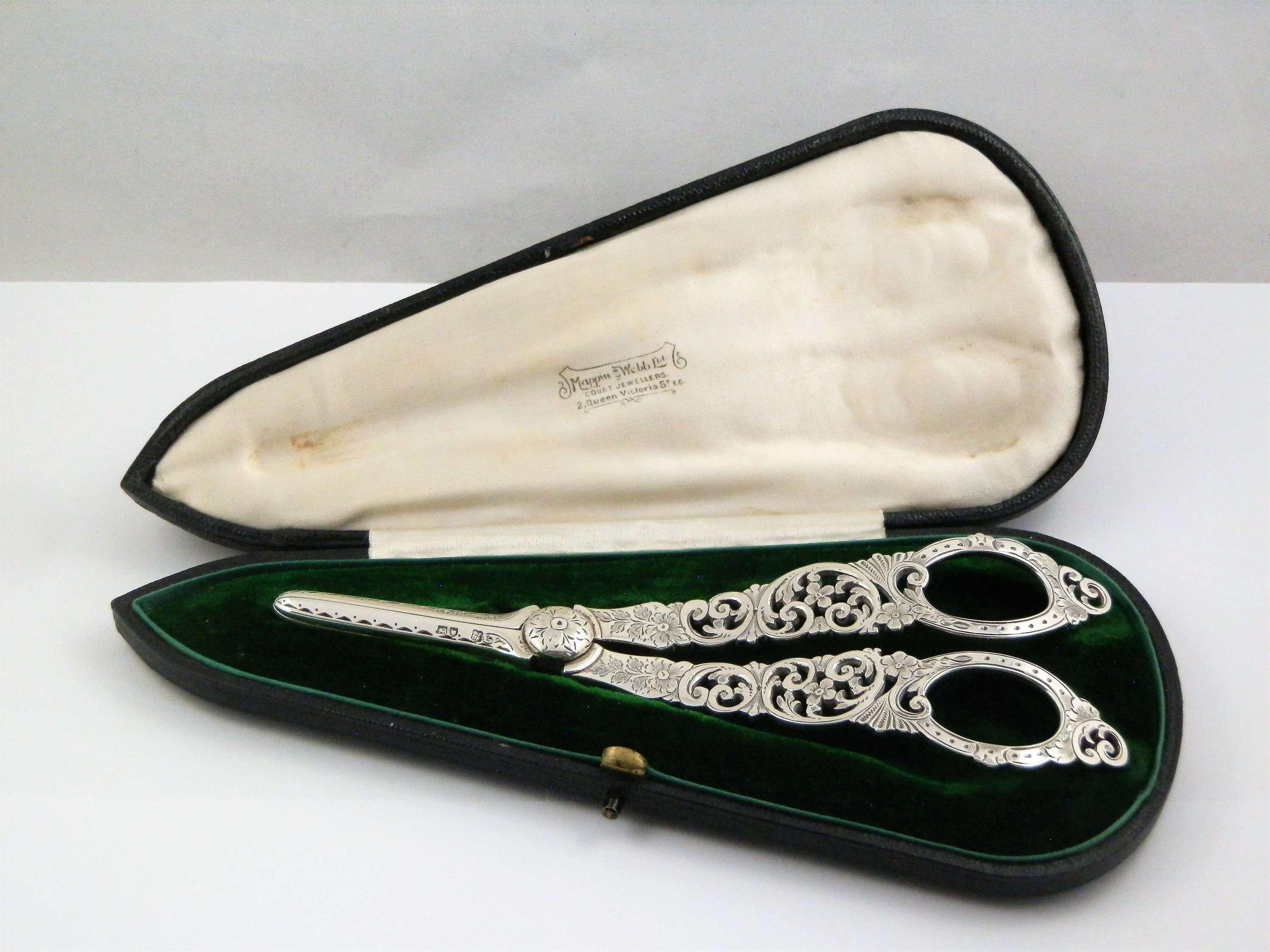 Edwardian silver cased grape scissors, London 1908